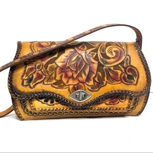Gorgeous Vintage Floral Hand tooled Leather Bag